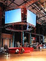 Aufbau Großkundgebung - Rundbühne m. Videoprojektionen